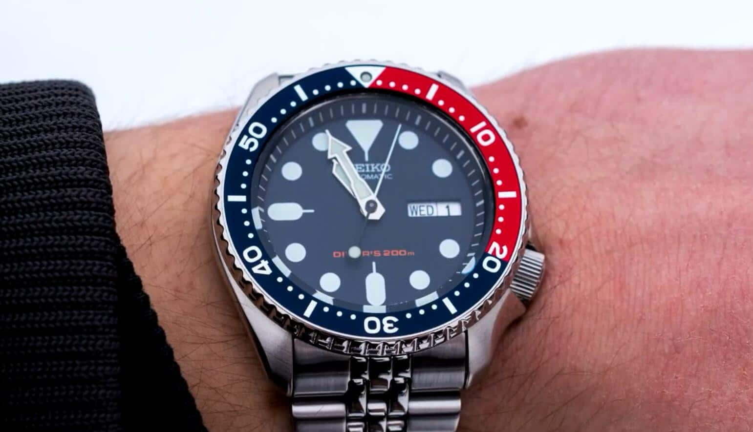 Seiko SKX009 mens watch